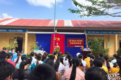 Khai giảng lớp xóa mù chữ cho đồng bào dân tộc Dao tại xã Tân Thành, Krông Nô, Đắk Nông.